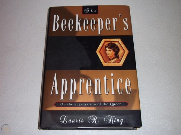 The Beekeepers Apprentice _ LAURIE KING