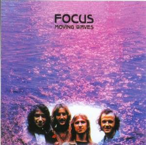 FOCUS_Moving Waves