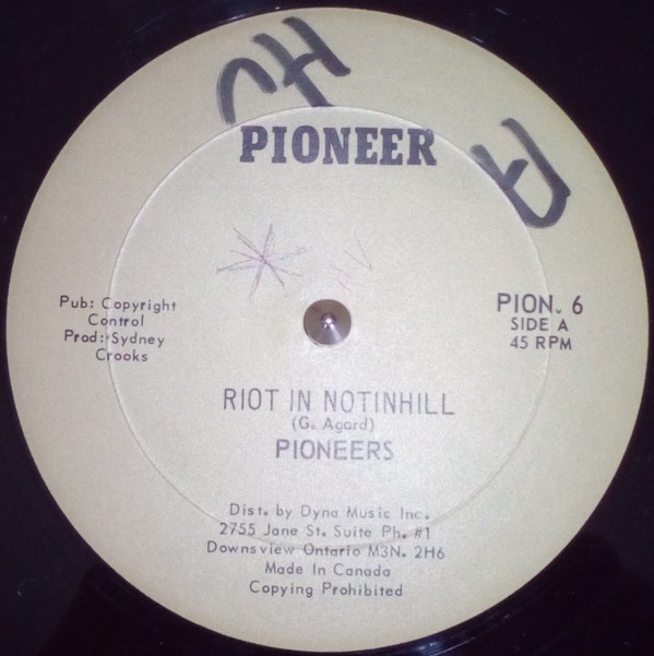 PIONEERS_Riot In Notinhill / Feelin High<br>