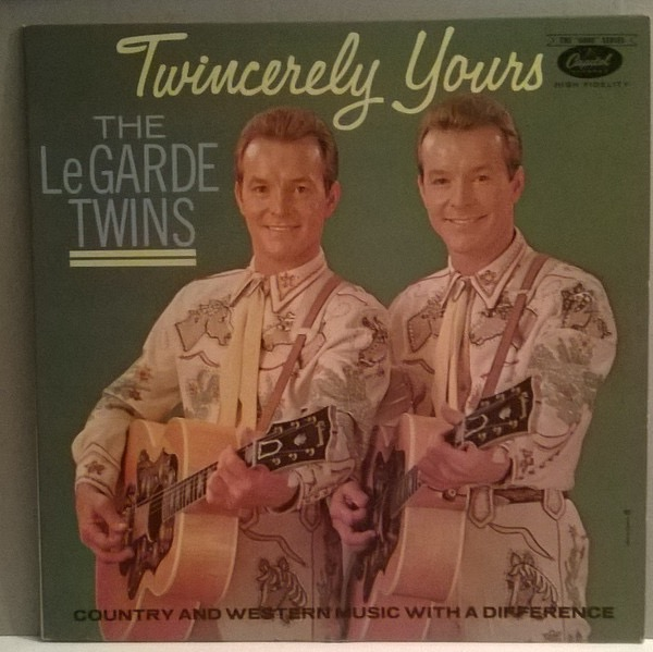 TWINS LEGARDE_Twincerely Yours